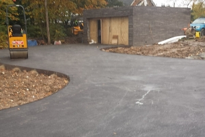 Glenco Civil Engineers, London, Porous Tarmac